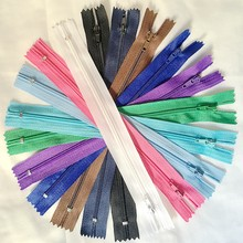 50pcs 25cm Mix Color Nylon Coil Zippers Tailor Sewing Tools Garment Accessories 10 Inch(China)