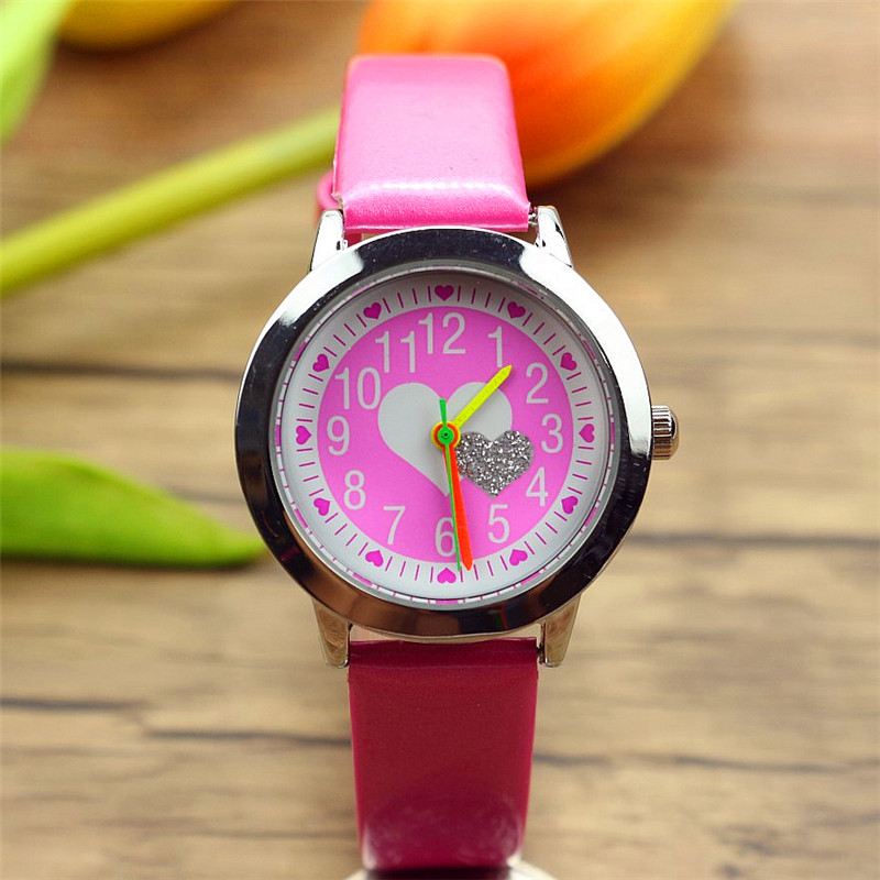 Free Shipping Kids Gift Watch Lovely Heart-shaped Color Hands Cute Little Boys Girls Students Cartoon Quartz Reloj De Correa