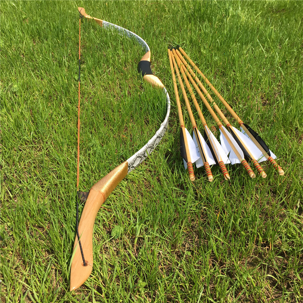 New Black & White Color Recurve Bow 20-60IBS +6 Wooden Arrows For Longbow  Archery HuntingNew Black & White Color Recurve Bow 20-60IBS +6 Wooden Arrows For Longbow  Archery Hunting