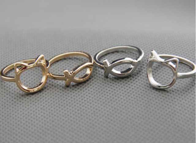 Fish and Cat Shaped Rings 2 pcs Set