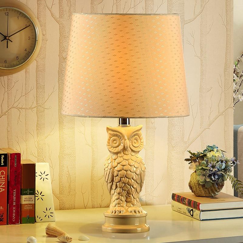 TUDA American Type Ceramic Table Lamp For Bedroom Bedside Lamp Simple  European Modern Minimalist Fashion Study Owl Lamp