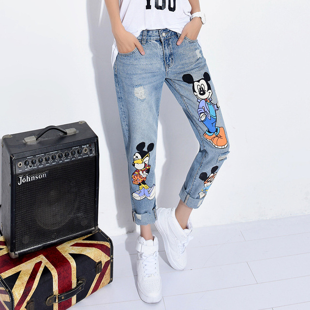 The new women's summer autumn 2016 straight mickey cartoon loose beggar hole bigger sizes printed jeans nine minutes of pants