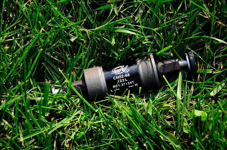 Litepro Chin Haur CH52-68 Bottom Bracket Square Hole Bearing 122mm Englush BB Black BC 1.37 X 24T