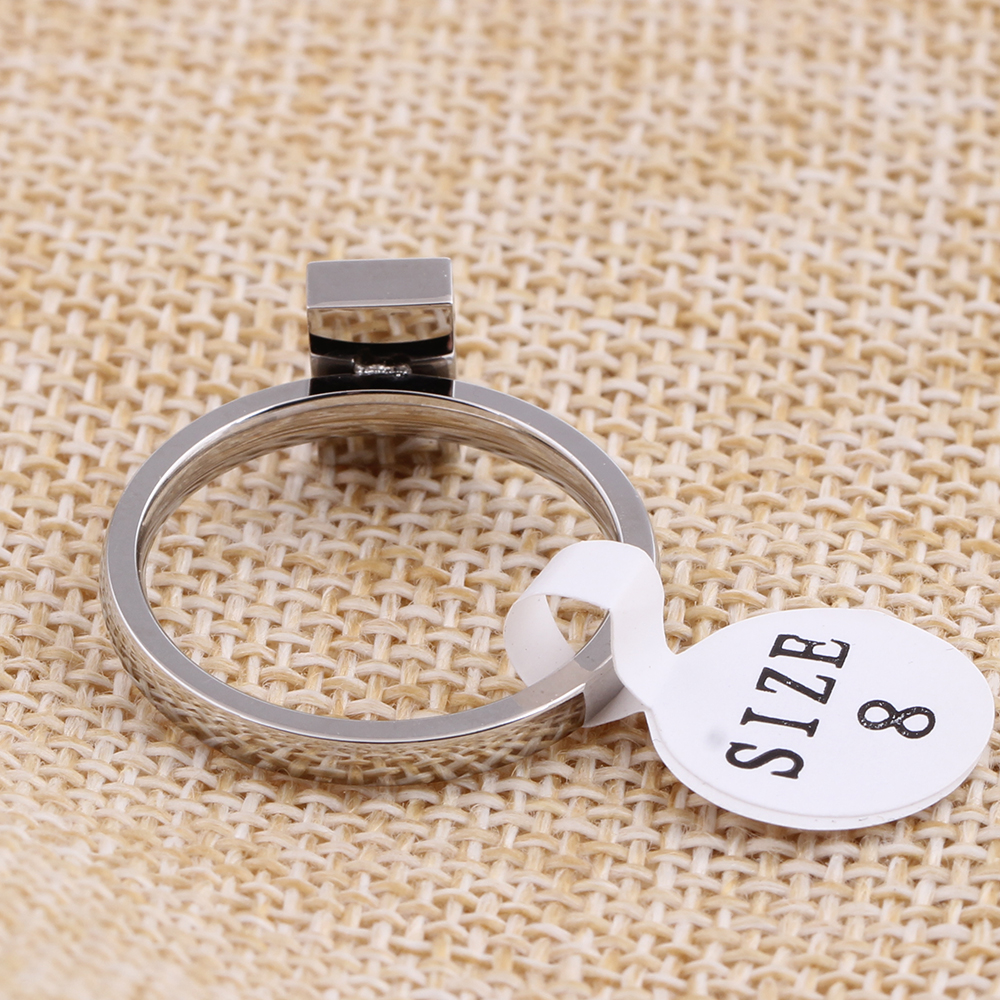 New Fashion Black Square Crystal Brand Jewelry Accessories Ring Wholesale Unique Stainless Steel Rings For Women in Wedding Bands from Jewelry Accessories