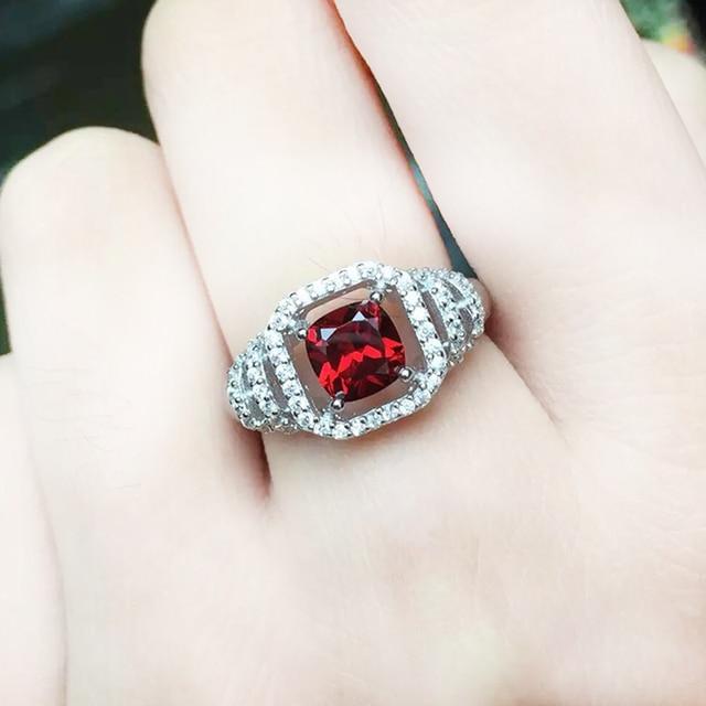 Роскошный изумруд резки гранат кольцо pure стерлингового серебра 925 6 мм * 6 мм натуральный красный гранат камень серебряные гранат кольца ювелирные изделия