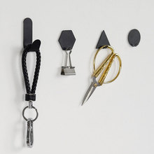 4PCS/Set Creative Tieyi Small Hook Geometry Mini-door Strong Bathroom No Perforation Wall