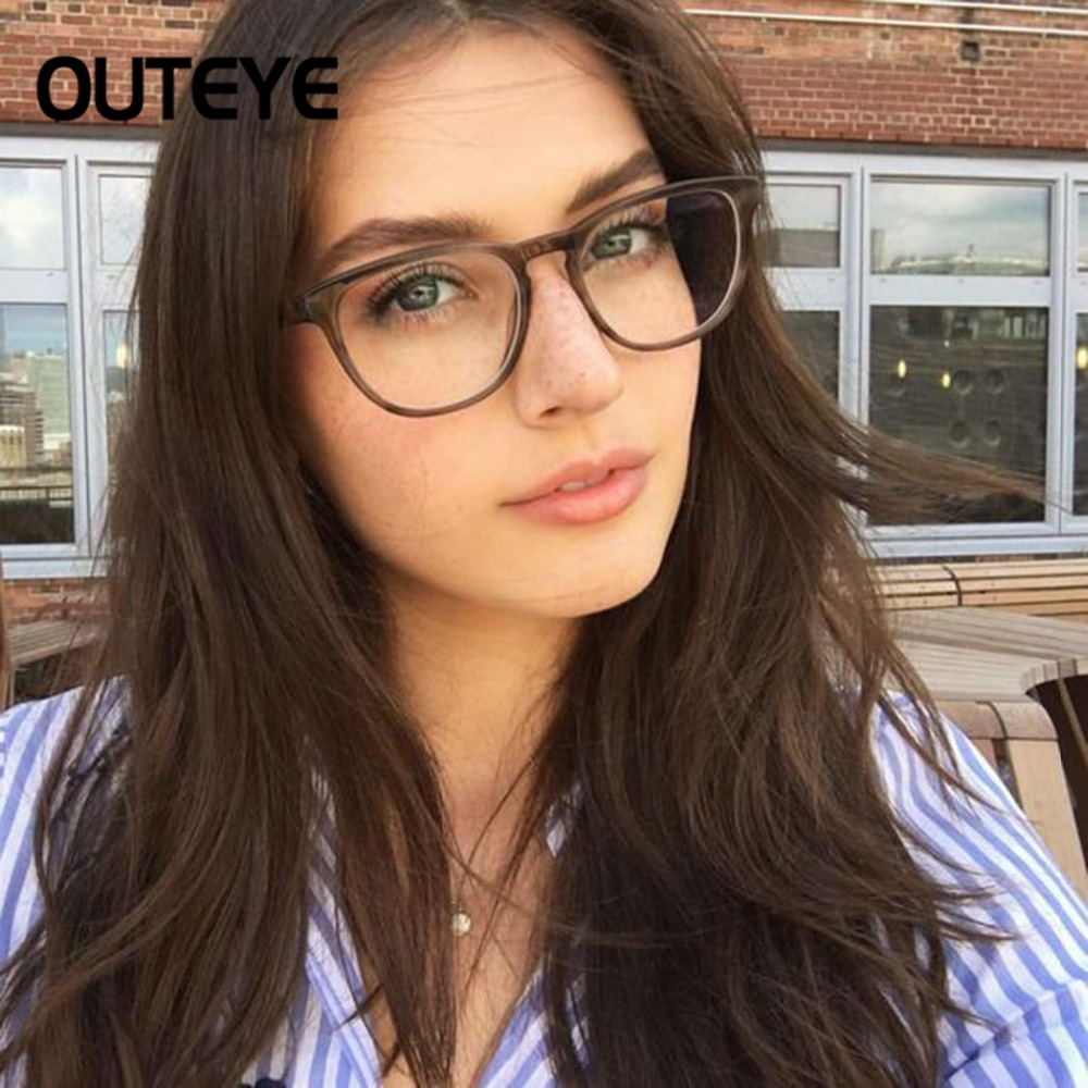 Transparent Computer Glasses Clear Fashion Eyeglasses Fake Optical Eye Glasses Frames For Women Myopia Glass Spectacles Eyewear transparent material