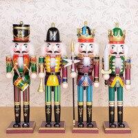 100% fatti a mano in legno colorato schiaccianoci bambola giocattoli per il negozio e decorazione della casa