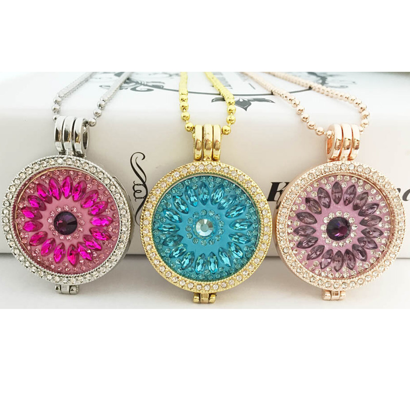 Interchangeable Disc Necklace: Hot Sale Interchangeable Coin Holder Crystal Necklace Set