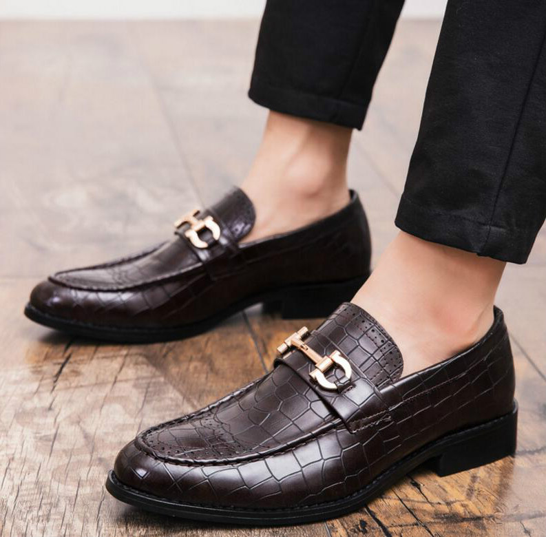 Men crocodile leather Bow Carving casual business british shoes Flat Drivingg shoes gladiator sapato feminino chaussure C01067(China)