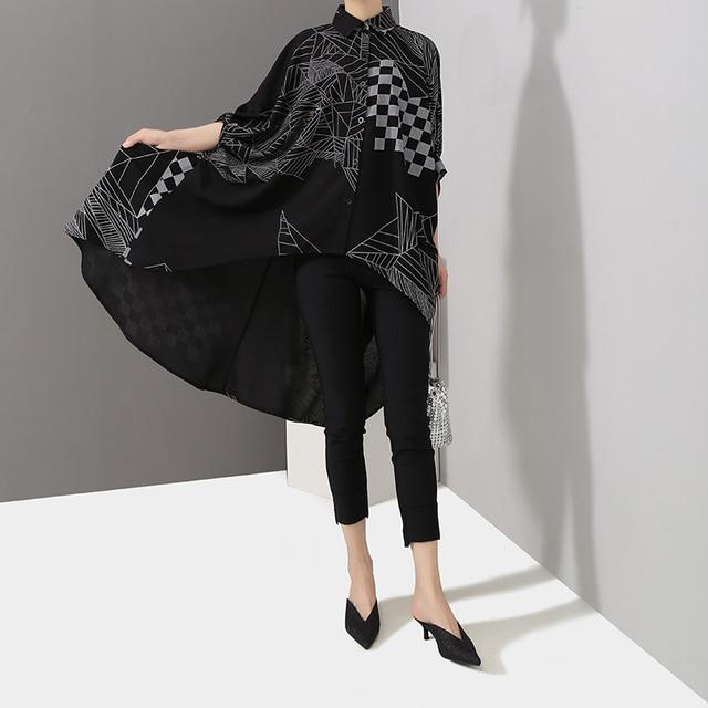 2019 Korean Women Summer Casual Black Tops Hipster Blouse Shirt Plus Size Batwings Sleeve Lines Print Feminine Shirt Blusas 4939 3