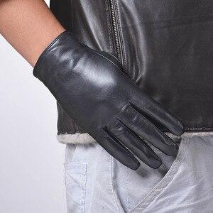 Image 3 - St. Susana 2018 Мужские Модные Простые короткие перчатки из овечьей кожи в английском и русском стиле, зимние тонкие короткие перчатки