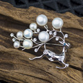 Christmas Deer with Freshwater Pearl and Rhinestone Brooches for Lady Two Way's Wearring