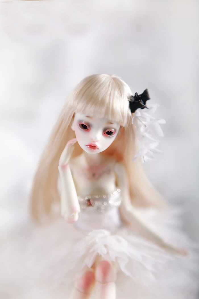 BJD Doll 1/8doll Eugenia Joint Doll Free Eyes цена