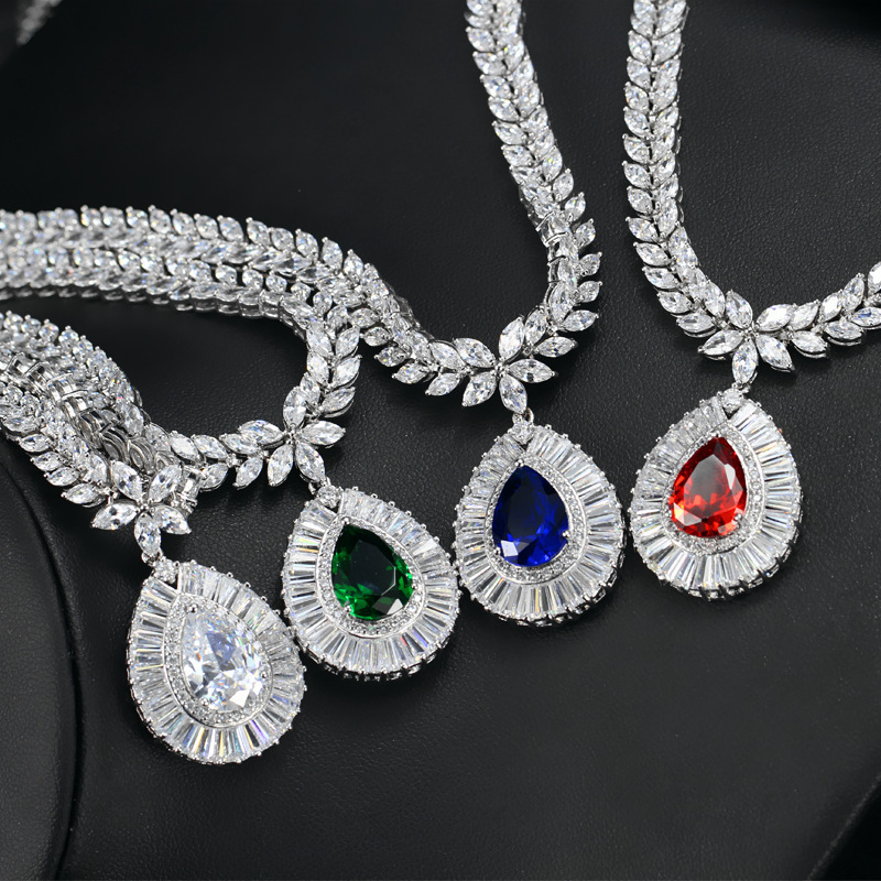 Europe and the United States popular jewelry electroplate inlays the gem necklace earring two bride sets the chain