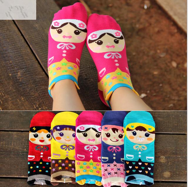 2016 novos meninas encantadoras Meias das Mulheres dos desenhos animados 3D Bonito da princesa Meias confortáveis meias de algodão doce cor de skate tornozelo sox