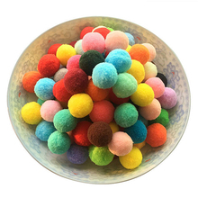 100pcs/lot 25MM Fur Ball Multicolor Plush Pompon Ball Handma