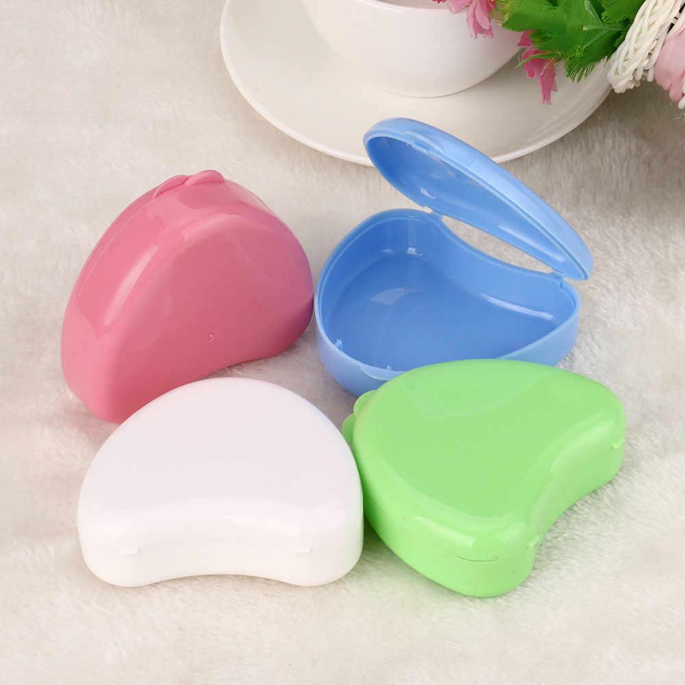 Aparelho de Banho Coração-em forma de limpeza de Dentadura Dentes Falsos de segurança Caixa De Armazenamento Caso cor aleatória Lavagem Basket ratoncito perez