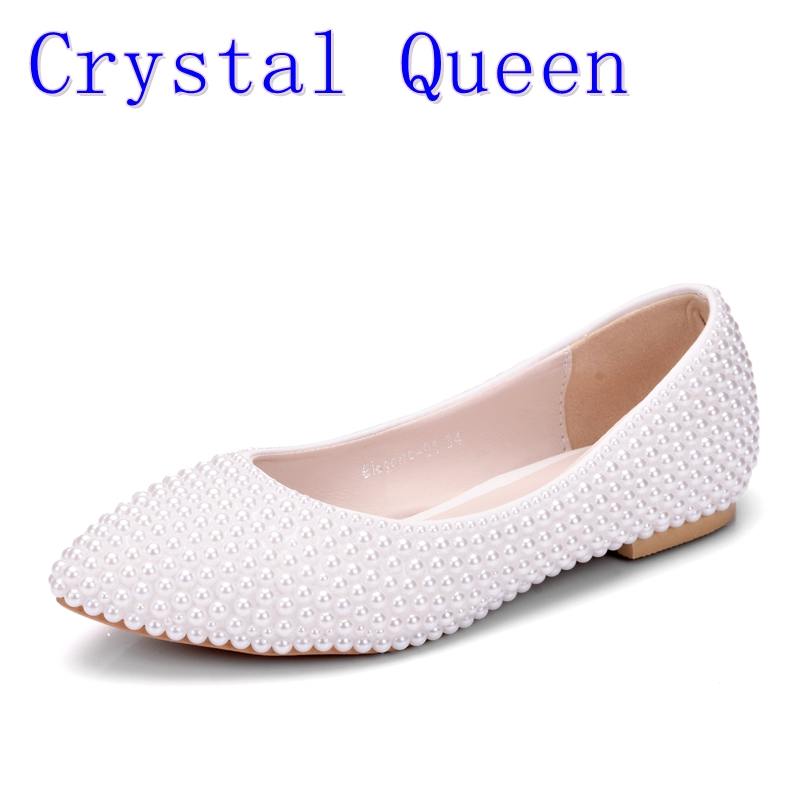 цены на Crystal Queen Women Shoes New Handmade Lady Pearl White Wedding Shoes Flat Fashion Sexy Comfortable Bridal DressShoes