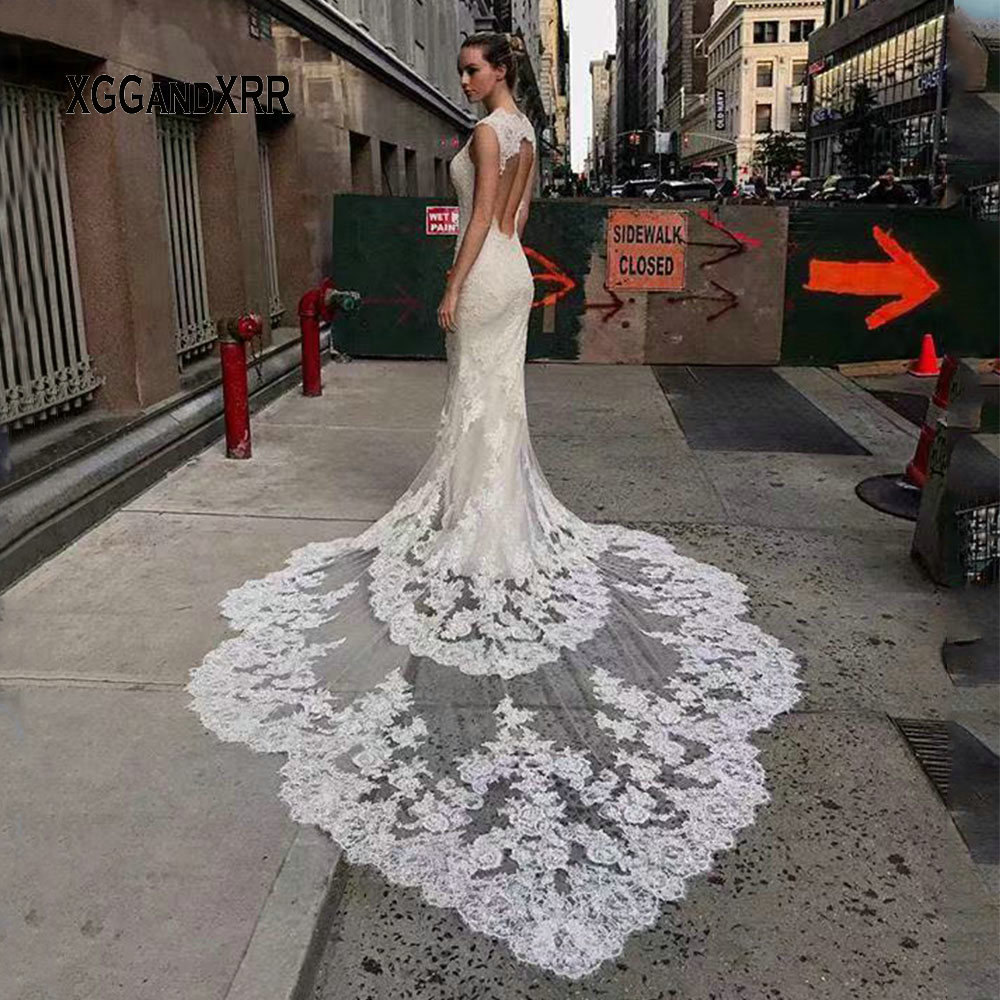 Image 2 - Luxury Lace Mermaid Wedding Dress 2019 Sweetheart Cap Sleeves Backless White Dress Cathedral Train Gelinlik Vestido De Noiva-in Wedding Dresses from Weddings & Events