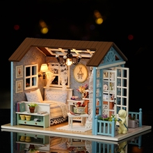 American Style Funny Wooden Mini Classical House DIY Crafts Toys Dollhouse with LED Light Exquiste Gifts for Children Handmade