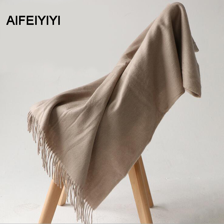 2018 New autumn fringed warm cashmere solid color scarf Ms. shawl A classic cashmere scarf