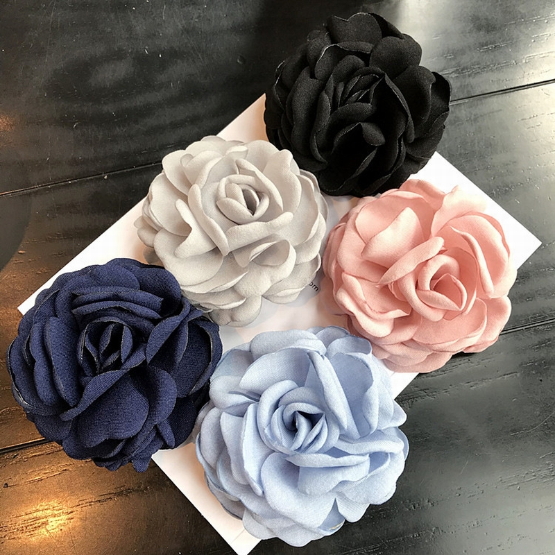 Korean Exquisite Cloth Art Rose Flowers Brooches for Women Fashion Retro Clothes Corsage Jewelry Accessories