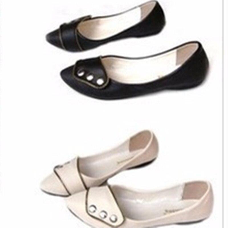 Appartements Taille Pointu Peu Black Kvoll Américain Et Plus Tournant 15 Européen Unique Dame white La Femmes Style 4 Bout Shopping Rivets Profonde Chaussures Sur qZfRwPxF