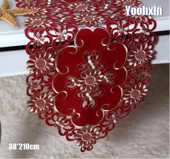 Modern Lace Red Embroidery Bed Table Runner Cloth Cover Towel Tea Coffee Tablecloth Placemat Home Wedding Christmas Party Decor