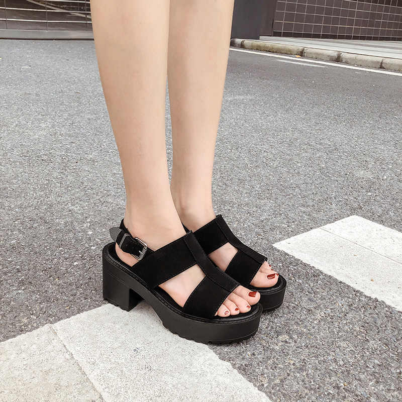 Enkelband Zomer Schoenen Vrouwen Sexy chunky sandalen Platform Schoenen Blok Hakken Vrouwelijke Zwarte Sandalen punk zomer schoenen YMA838
