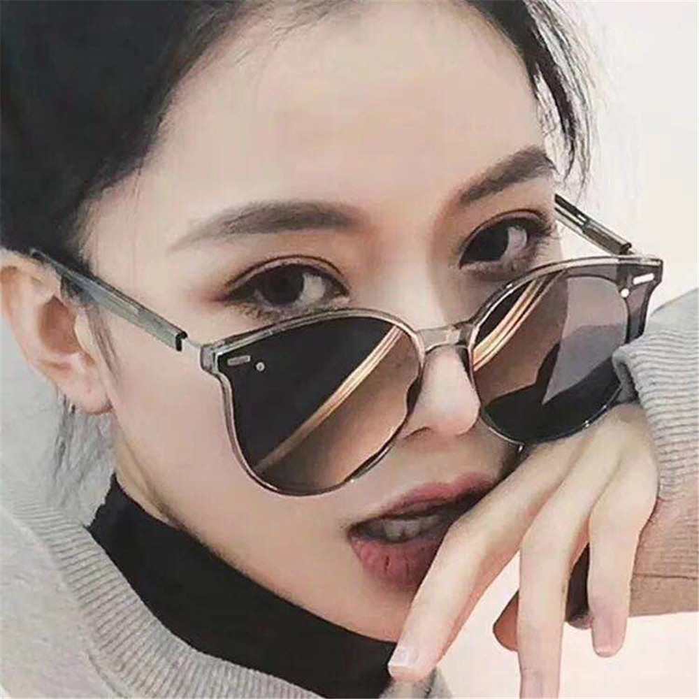2019 New Sunglasses Women Driving Mirrors Brand Designer Retro Classic Cute Sun glasses Vintage mirror glasses Oculos De Sol image