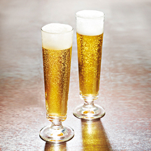 Europe Creative Lead-free glass beer cups Base tempered Cocktail Cup wine Champagne Flute cup Party wedding Drinkwar