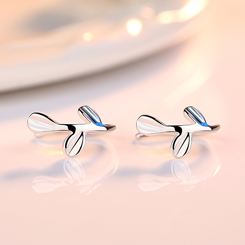 100 925 sterling silver fashion leaf ladies clip earrings jewelry wholesale Anti allergy cheap birthday gift wholesale in Clip Earrings from Jewelry Accessories