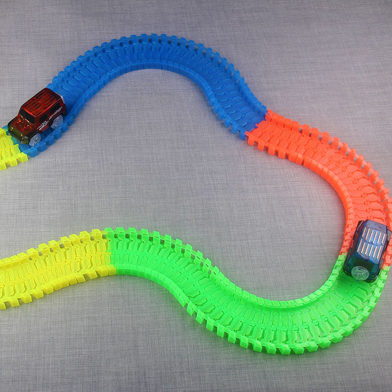 Pista flexible DIY Toy Slot Car Kit con luz LED Coche brilla en la - Vehículos de juguete para niños - foto 3