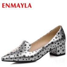 b464e009a6 ENMAYLA Plus Size 4-14 2016 Pontas Do Dedo Do Pé Quadrado Sapatos de Salto  Mulheres Bombas Med Salto Alto Bombas Menina Impressã.