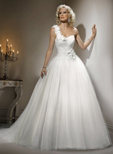 Beautiful Elegant Bridal Gown 2012 Wedding Gown One Shoulder Strap Flowers Gowns  Bridal White,Discount Wedding Dress Online In Wedding Dresses From Weddings  ...