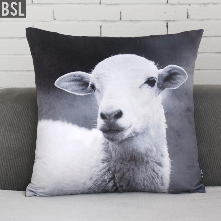 H3165ABC Natural Style Soft Velvet Printing Lamb Sheep Cushion Cove Animal Throw Pillow Winter Christmas Gift Home Decoration