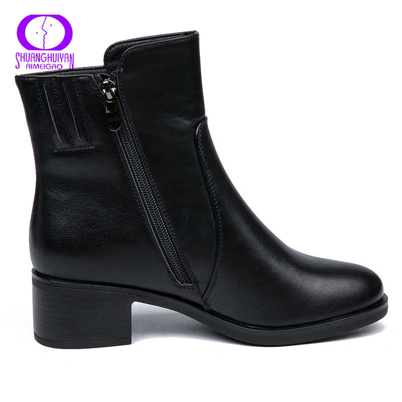 AIMEIGAO 2018 Yeni Gelenler Yumuşak Deri yarım çizmeler Kadınlar Rahat Orta Topuklu Çizmeler Bayanlar Için Bahar Sonbahar Kadın Ayakkabı