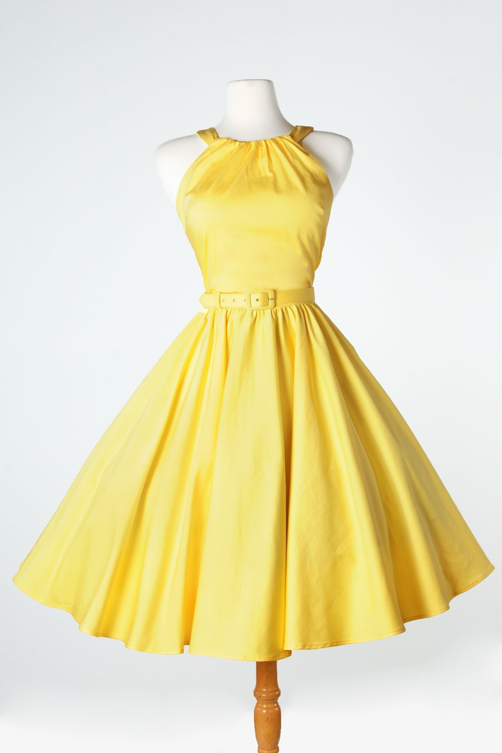 'Harley' Dress 1950s Pinup Gril Vintage Sexy Halter Swing Dresses in Pastel Yellow-in Dresses