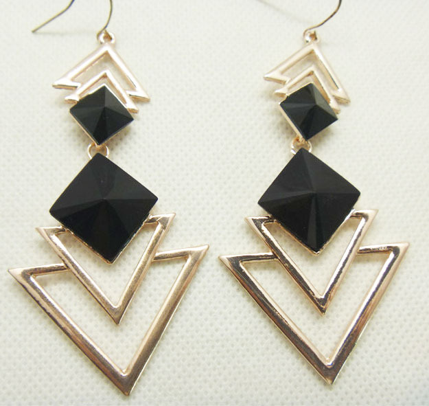 2016 Fashion Long Earrings For Women Black Earrings Vinage Dangle Earring Drop Gold Earrings Geometric Triangle famous