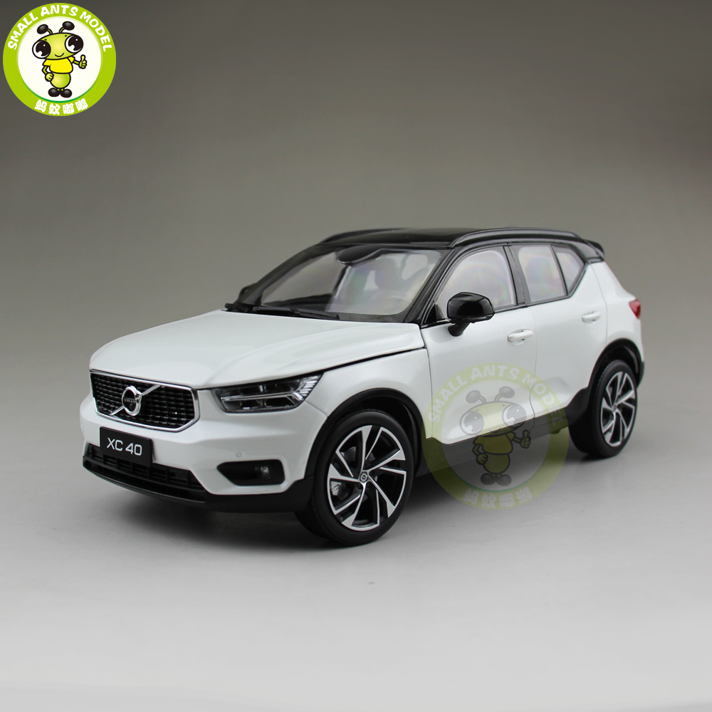 1 18 NEW Volvo XC40 SUV Diecast Metal Car SUV Model Gift Hobby Collection White Color