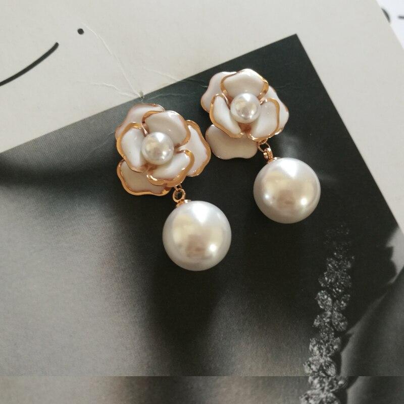 Trendy cc style Camellia Flower Stud Earrings Pearl cc earring boucle  d oreille femme pendante 0a95d22dac3c