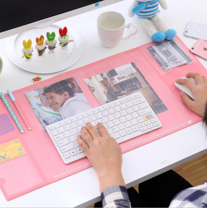 Hot Sale Cute Candy Color Office Mat Multifunctional Weekly Planner Organizer Desk Table Storage Memo Mat Learning Pad