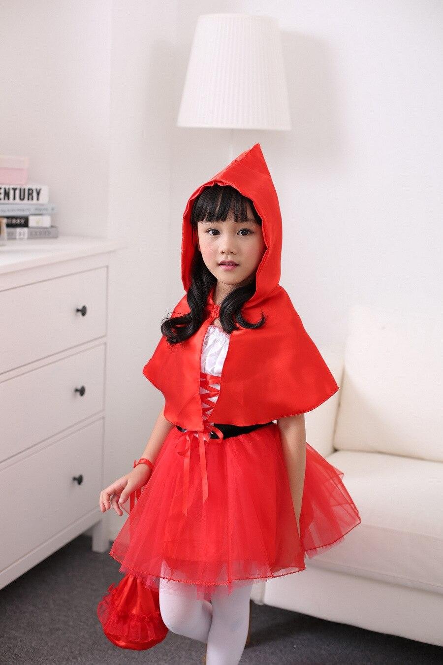 Robe du petit chaperon rouge