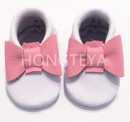 2016 El Más Nuevo Bebé de Color Rosa Arco Zapatos de Niña Y Flecos Borla Zapatos Del Bebé Primeros Caminante Del Niño Del Cuero Genuino Mocasines