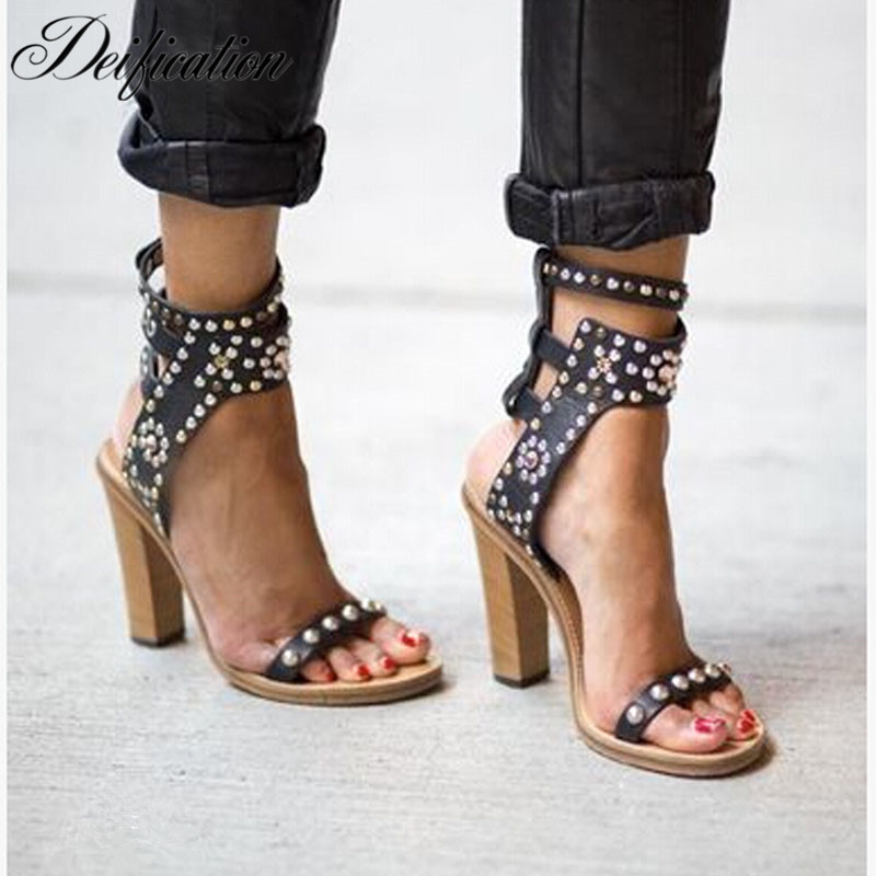 Deification 2018 Rivets Studded Women Gladiator Sandals Cow Leather Flats Fashion Ankle Strap Summer Runway Ladies Dress Shoes
