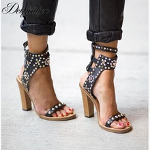 Deification 2018 Rivets Studded Women Gladiator Sandals Cow Leather Flats Fashion Ankle Strap Summer Runway Ladies Dress Shoes недорого