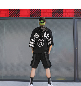 Image 5 - Erkekler rahat çok cepler şeritler hip hop punk kargo şort streetwear mens hiphop kaykay kısa pantolon bermuda masculina
