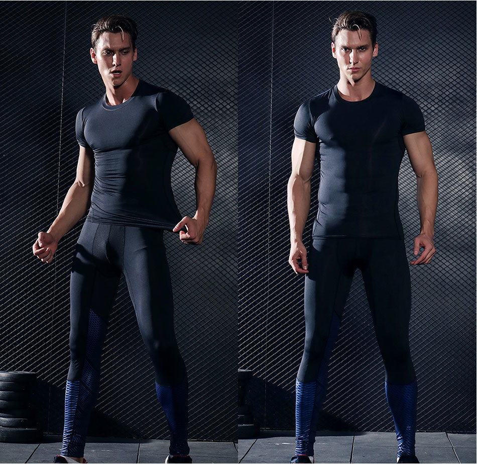 Foto from the front two man Men's compression t-shirt & pants for sport. 2 pieces Men's compression t-shirt & pants for sport