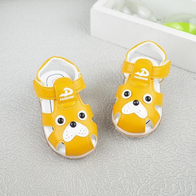 New Summer LED Light Shoes for Kids Soft Leather Sandals Baby Boys Summer Prewalker Soft Sole Genuine Leather Beach Sandals